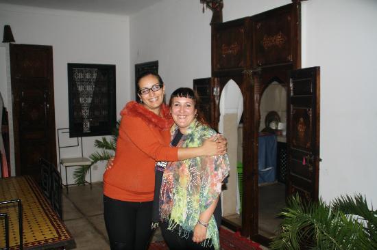 Dar Kamar Zamane : Con Hanane ,un encanto!