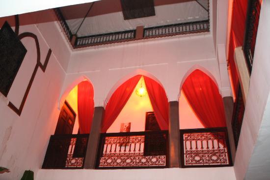 Dar Kamar Zamane: La parte superior del riad,donde de encuentran las habitaciones
