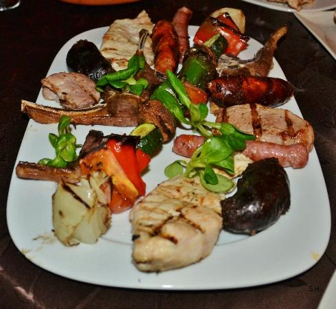 Steakhouse Braseria El Campo: Grilltallirk.
