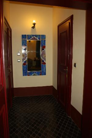 The Charles Hotel: door to bathroom