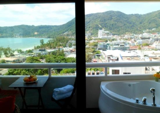 Patong Tower Holiday Rentals: Hot tub out on second balcony