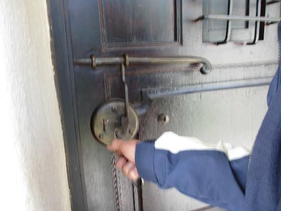 Sonesta Posadas del Inca Yucay: Room's door lock