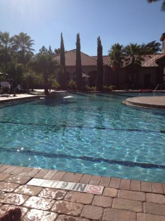 Tuscana Resort Orlando by Aston: poolside at Tuscana.