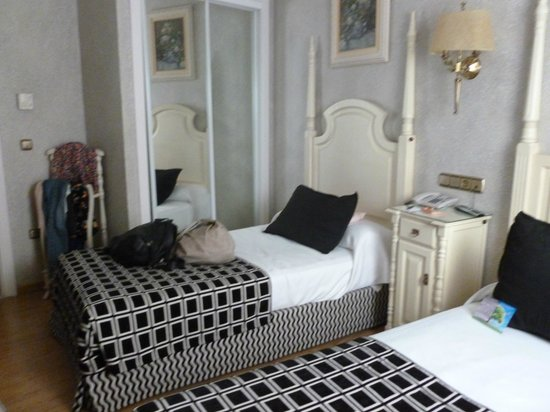 Salles Hotel Malaga Centro: Small but smart