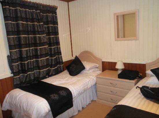 Conifers Leisure Park: 2nd bedroom