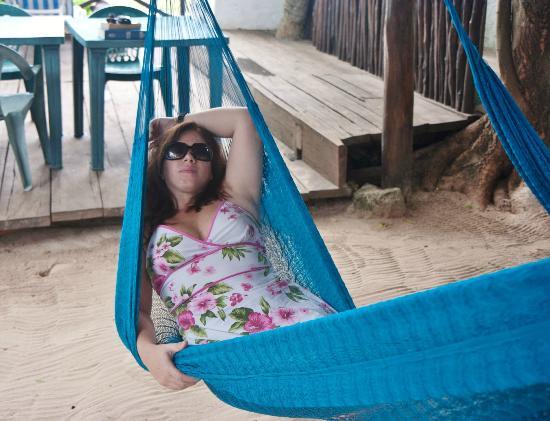 Amar Inn B&B: Chillaxin on one of the hammocks