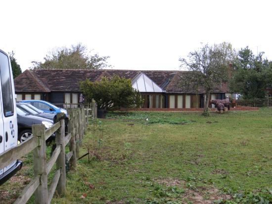 Iffin Farmhouse: Full Barn Conversion