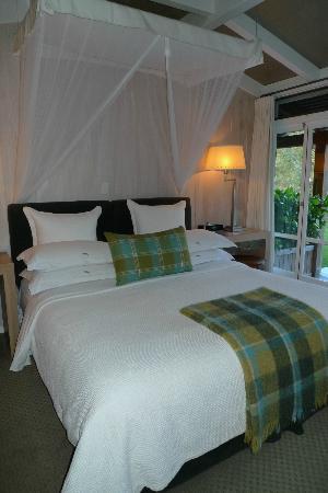 Huka Lodge: King bed