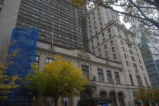 Fairmont Hotel Vancouver: Front of Hotel Showing Restoration Work