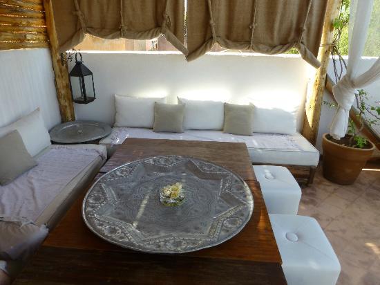 Riad les Orangers d'Alilia Marrakech: Terrace / abri