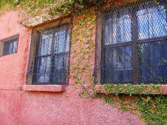 Hotel La Dolce Vita : Ventana de mi habitación