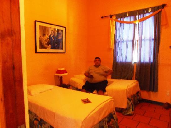 Hotel La Dolce Vita: Nuestro Dormitorio