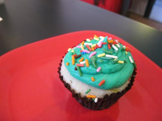 Sarkara Sweets: Confetti batter cupcake, with mint icing, chocolate filling and sprinkle topping - all vegan!