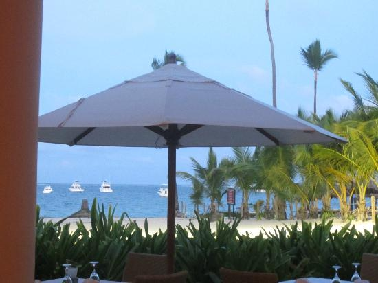 Dreams Palm Beach Punta Cana: Sea Side Steak House view from the inside..