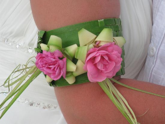 Aquana Beach Resort: The armband made for the ceremony