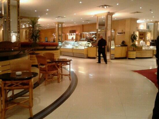 Le Passage Cairo: gelateria in albergo <3