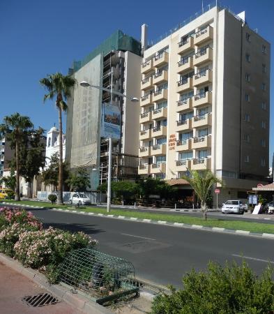 Pier Beach Aparthotel: Hotel