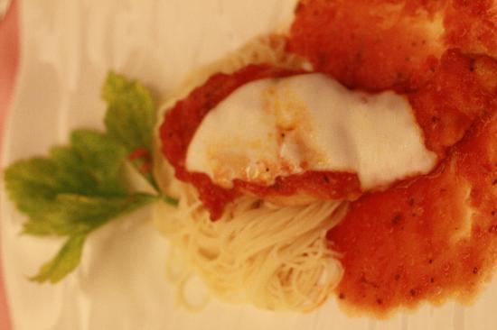 Dakak Park & Beach Resort: Pasta with chicken parmigiana