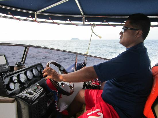 Phuket Sail Tours: Our pilot