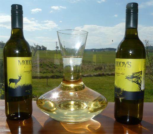 Moody's Wines