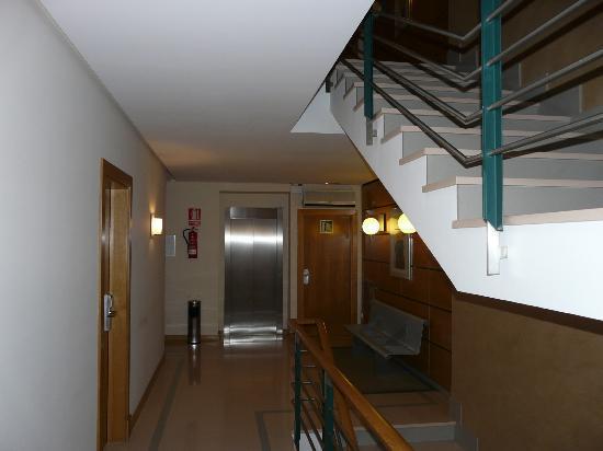 Hotel Central: los pasillos y escaleras