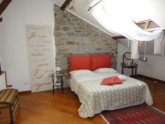 La camera da letto... bellissima! - Picture of B&B Agapantus ...