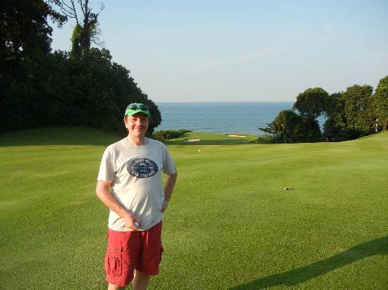 Ria Bintan Golf Club: Down To The 8th Green