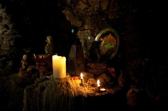 The Museum of Witchcraft and Magic: Shrine dedicated to ones we've lost at the museum