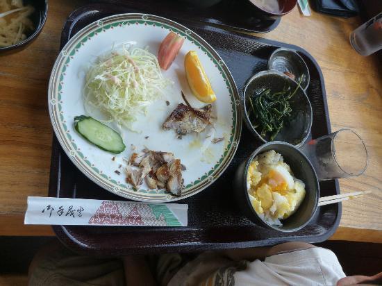 Marine Resort Marine Mate: レストランで朝食