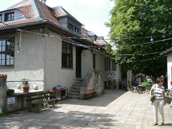 Fuchsturm-Berggaststatte: Restaurantgebäude