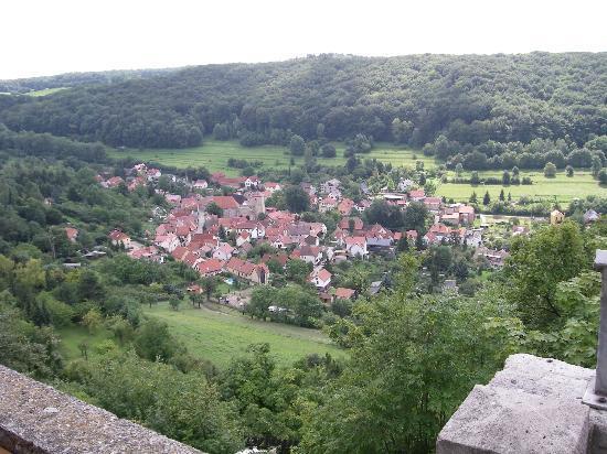 Fuchsturm-Berggaststatte: Blick ins Tal