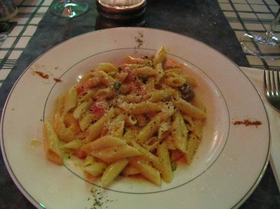 Toscana Ristorante Italiano: penne with salmon