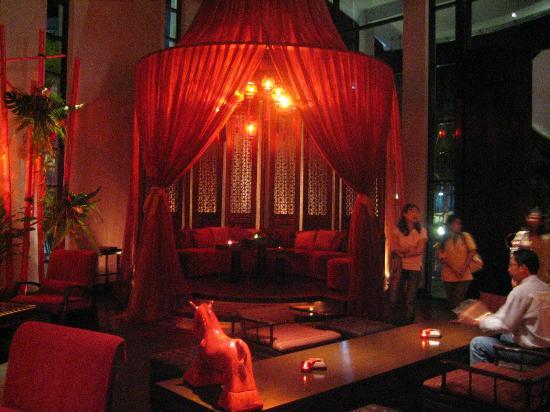 Mantra Restaurant & Bar: Drinks before dinner