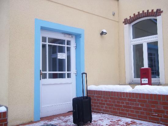Pension Bornholmer Hof: Ingresso (Front door)