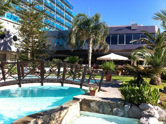 Hotel Calypso: Hotel Gardens