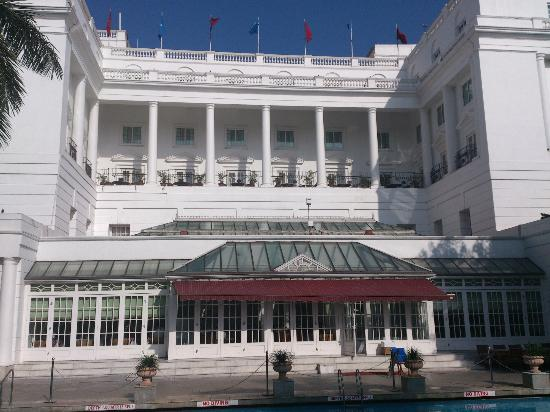 ITC Windsor, Bengaluru: Hotel Exterior view from pool
