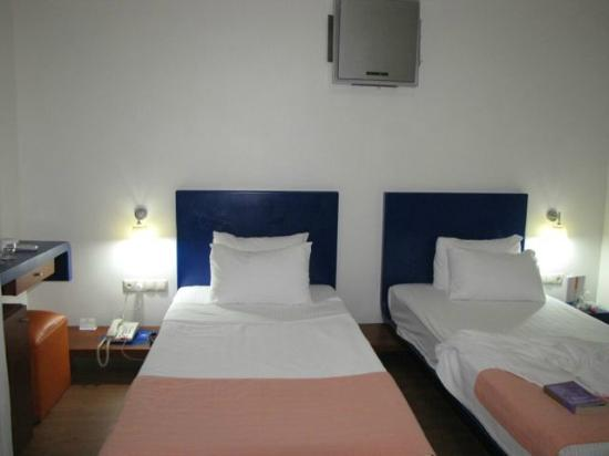 Isil Club Bodrum: the beds