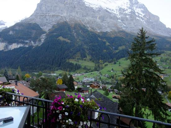 Hotel Belvedere Grindelwald: View from the Outdoor Lobby