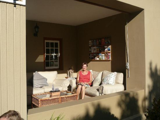 Rusthuiz Guest House: Terras
