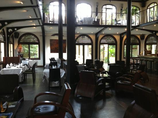 Heritage Suites Hotel: Lobby
