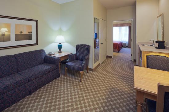 Country Inn & Suites By Carlson, Clinton : CountryInn&Suites Clinton FamilySuite
