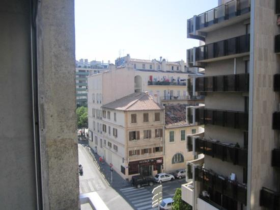 Ibis Styles Marseille Castellane: view from the room