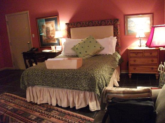 Talbot Heirs Guesthouse: Bed