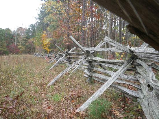 Pickett's Mill Battlefield: fence