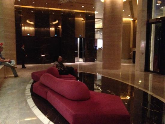 Crowne Plaza Hong Kong Causeway Bay: lobby