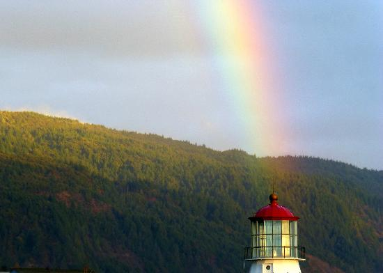 The Shelter Cove Oceanfront Inn: The end of the rainbow at Shelter Cove
