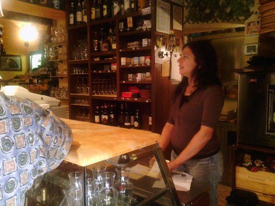 La Bottega Di Giovannino: the wine bar and Monika
