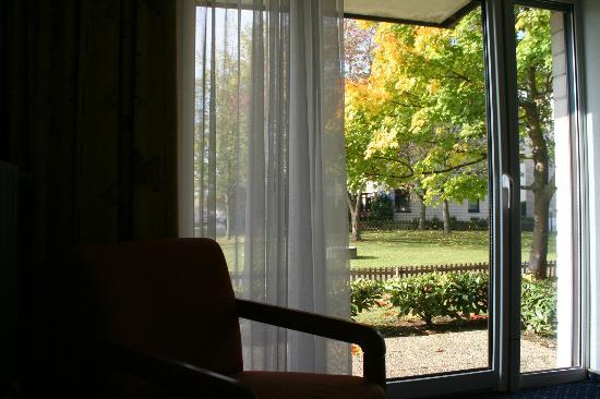 Acora und Wohnen Bonn: View Outside