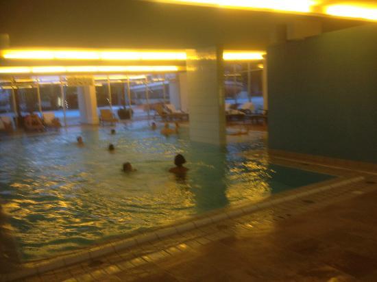 فالكينشتاينر كلوب فونيماتسيون بوريك: the heated indoor and outdoor pool 