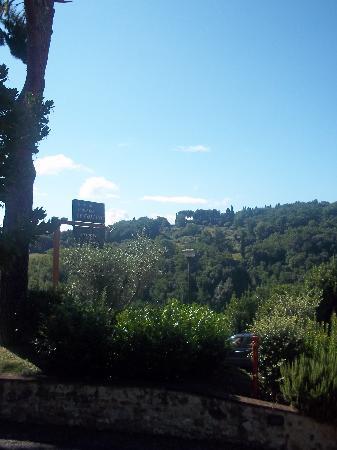 Vista dalla strada Le Colline